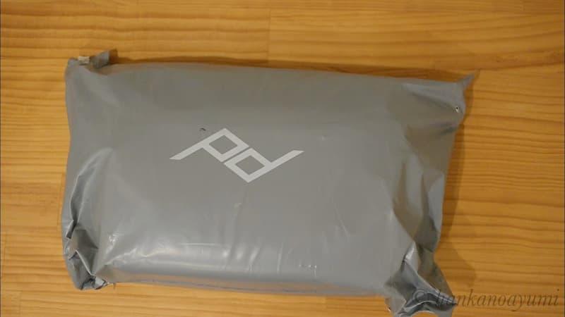 ピークデザインのエブリデイスリング10LV2を公式ページ購入時の梱包
