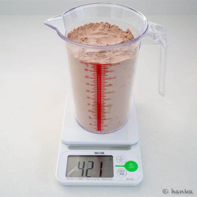プロテイン1リットル,何kg