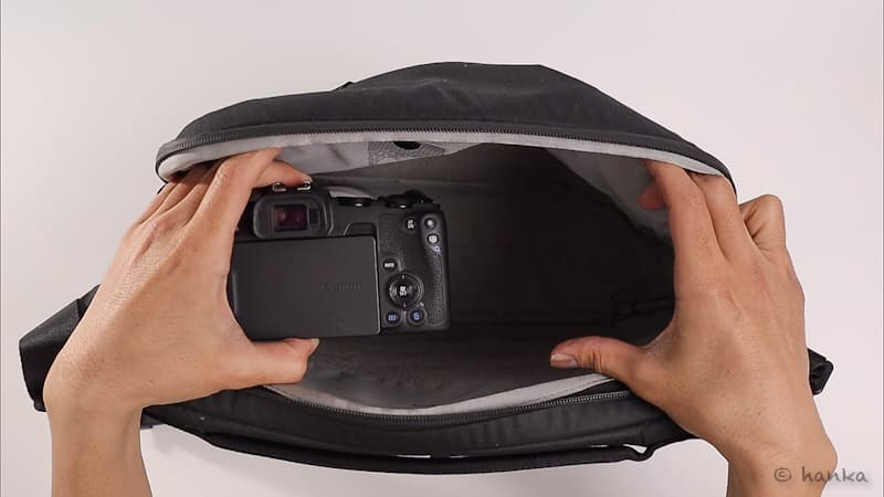 カメラバッグ,カメラの方向